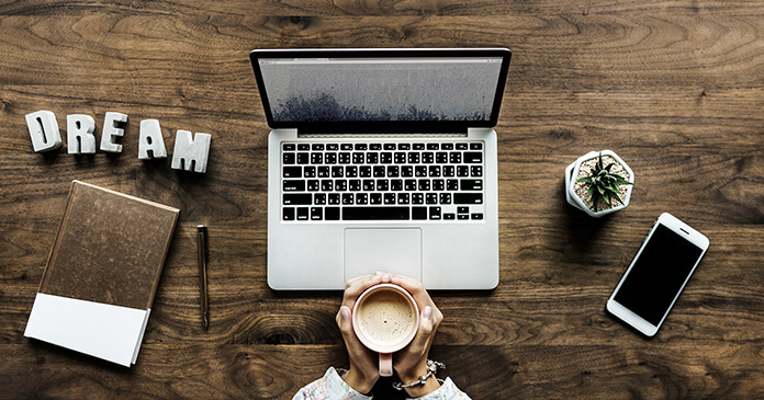 Trabajar en línea y ganar dinero con Internet!